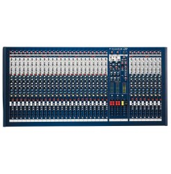 Микшерный пульт Soundcraft LX7ii 32